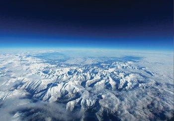 Besneeuwde bergtoppen fotobehang